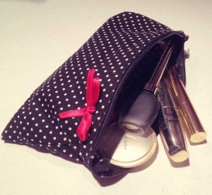 creer trousse maquillage retro pin up