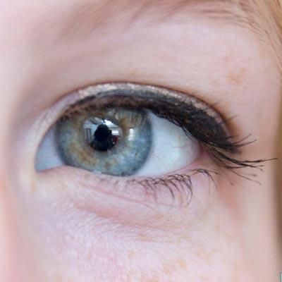 eye liner retro