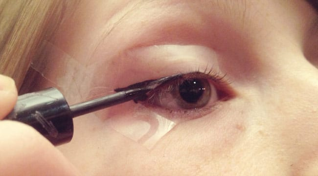 comment se dessiner un oeil de biche