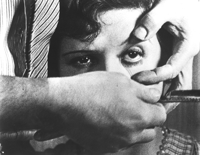 chien andalou maquillage oeil