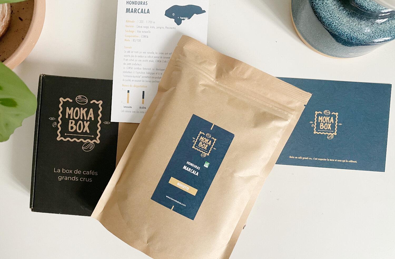 avis box cafe
